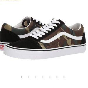 Old Skool Camo Low Top Sneakers 1 Inch Platform